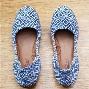Lucky Brand Shoes - Lucky Brand Blue Diamond Ballet Flats size 7